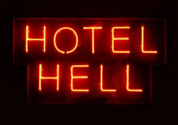 635814138544633071-23691633_Hotel-Hell